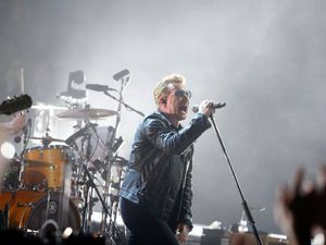 U2  AccorHotels Arena Paris(3) 06/12/2015