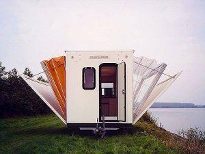 Caravane et camping-car insolite pour un camping relax....