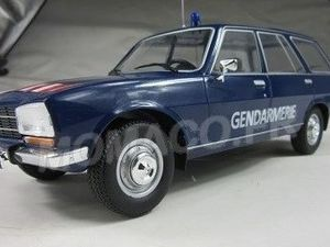 Peugeot 504 break Gendarmerie au 1/18 (Model Car Group)