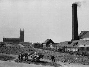 1954, Leeds, Marc Riboud.