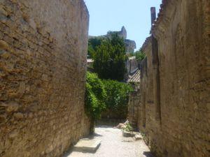 Les Baux de Provence &gt&#x3B; La Pierre de Calcaire, l'Olivier &amp&#x3B; la Vigne