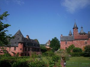 Collonges-la-Rouge, village-wikipedia-Alertomalibu, village de près-wikipedia, Elisabeth Poulain