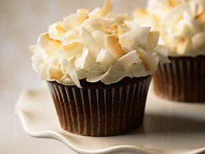 Exemples de décorations sublimant le cupcake.