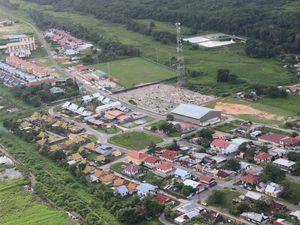 Le bourg du Mana vu du ciel en ULM