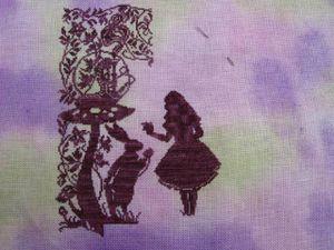 reprise de ma petite Alice en miniature (champignons sur la droite)