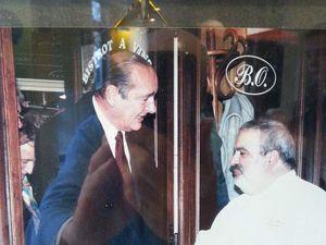 L'Opportun, la salle des gobichonneurs, le plateau de fromages, Serge Alzérat auteur, Jacques Chirac et le service souriant.