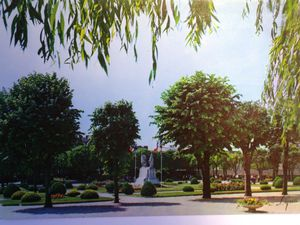 Le parc Charles de Gaulle et le kioque à musique