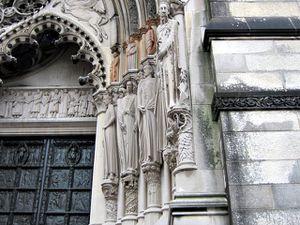 L'étrange Cathédrale Saint Jean le Divin de New-York