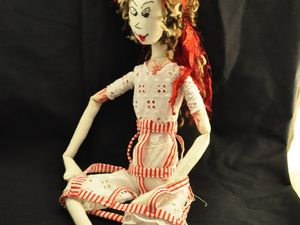 © LES PETITS MOTS D'ELLE : créations textiles - poupées, pochettes, sacs, bijoux...