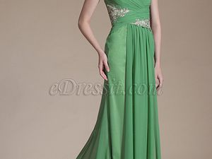 Make Your Dress Suits Your Skin Tone and Hair Color