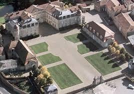Château de Parentignat, à 5 minutes de Nonette