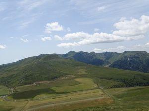 l'Auvergne, le cezallier, immensité ...