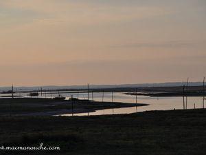 21h15 : la nuit approche et la marée montante aussi !