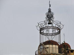 Comme le village semble sympathique avec son campanile, on décide d'y faire un petit tour! (clic pour agrandir les photos)