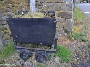 Wagonnets servant à  transporter le minerai.     (clic sur les photos pour les agrandir).