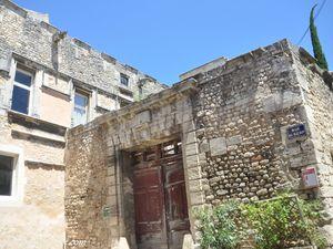 Dans la rue du ''serf''',  l'ancien ''hôtel'' de Narbonne-Pelet