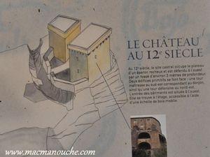 Évolution architecturale du château du 12ème au 16ème siècle.