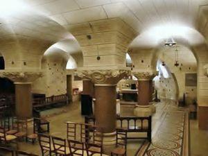 8 mars : Chapelet dans la crypte de saint Martin