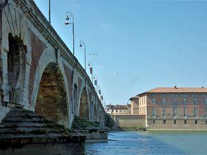 Toujours Toulouse. Le Pont Neuf. Photos JLA mars 2016
