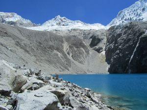 Laguna 69 (4600 m)