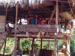 Quand les jeunes amérindiens Emberas dʹEl Salto se cherchent un avenir...
