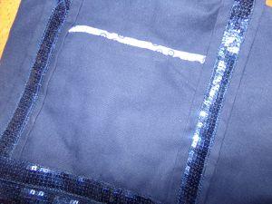 sac bleu et ruban paiellettes assorties