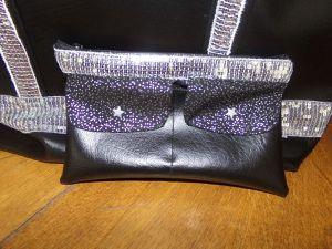 sac noir et ruban paiellettes argent