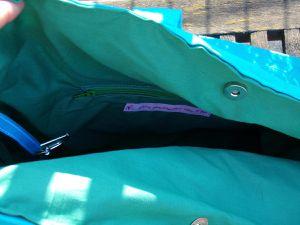 sac bleu et vert à ruban pailletttes