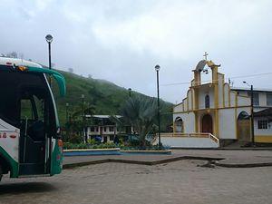 De Gringolandia, (euh...pardon Vilcabamba, Équateur), à Chacha (poyas, Pérou). 1/5 juin 2015