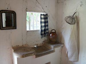 La maison des métayers, côté cuisine.