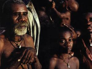 Le silence de la forêt : l'affiche, 3 scènes du film, Eriq EBOUANEY, Sonia ZEMBOUROU, Nadège BEAUSSON-DIAGNE