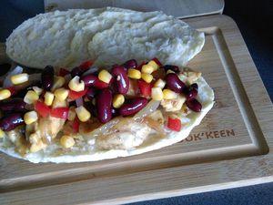 Sandwich au poulet et ses légumes croquants