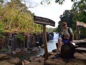 Une visite organisée sur le plateau des Boloven dans les plantations de café puis aux chutes d'eau de tat Lo