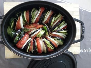 Voici un plat pleins de vitamines, simple et rapide à faire et surtout les légumes restent croquants !!!