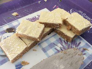 Petits carrés coco-chocolat blanc