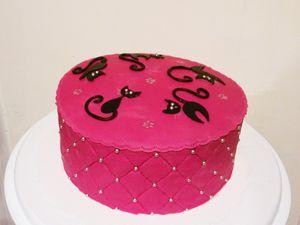 Gâteau silhouettes de chat