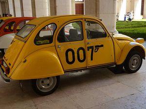 La 2cv James Bond