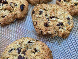 Cookies light aux flocons d'avoine, chocolat et cranberries