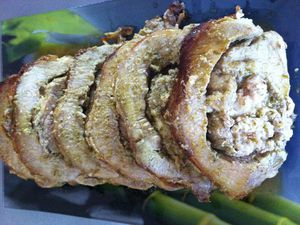 Rôti de porc roulé au pesto et mozzarella