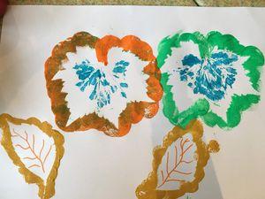 Les bambins se mettent à l'heure de la météo ! Certains ont ramassé des feuilles et voici les créations de vendredi et aujourd'hui.