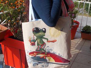 interieur du modele grenouille qui surf!! on voit bien la taille du sac!!