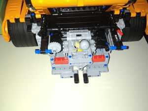 "Then I could see the ""fake"" LEGO motor, a bit hard to remove ..."