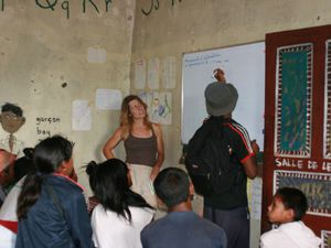 debriefing of our volunteering at the small library of Ambohitrakely