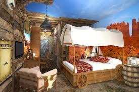 Les autres chambres Artic Explorer, Cowboy in sella, Mille et une nuit