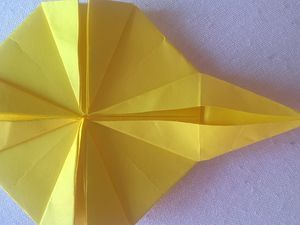 """on fait sortir les pointes (de l'intérieur de nos """"ailes de moulin"""") pour former nos rayons"""