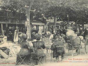 La plaine de Loures-Barbazan, le château de Barbazan, devant le casino lors d'un concert.