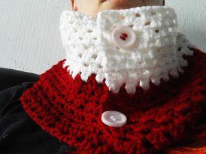 Écharpe bicolore au crochet