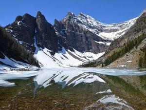 En haut à gauche : Moraine Lake , En haut à droite : Miror Lake, En bas à gauche : Agnès Lake , En bas a droite : Louise Lake