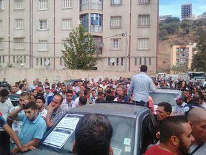 Tizi-Ouzou : Les commerçants Kabyles dans la rue. K-Direct