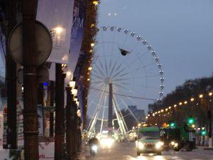 Paris le 1er janvier 2017 – Le jours se lève sur la « plus belle avenue du monde ».